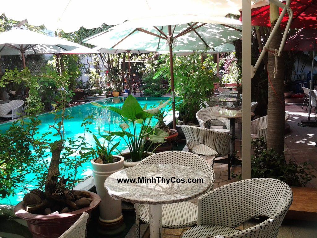 ghe cafe san vuon Tai cafe Linh Lan Phan Thiet