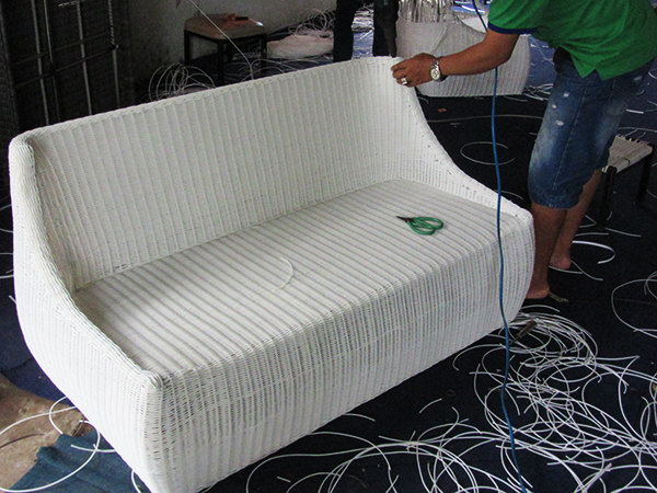 Hướng dẫn cách đan sofa mây nhựa cao cấp MT1A5 với khung Inox đan sợi mây nhựa tròn trắng dày 2.8mm