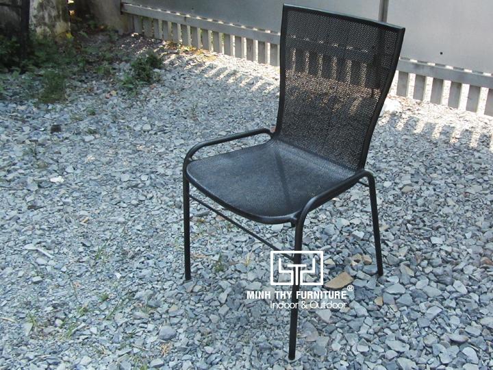 Làm sao để có mẫu ghế sắt lưới chất lượng?