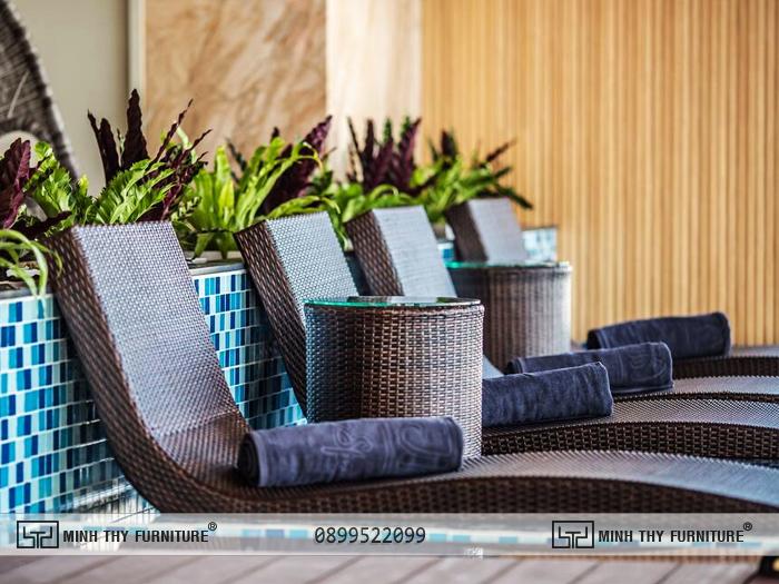Thanh Mai Hotel chon ghe ho boi nhua gia may minh thy 8