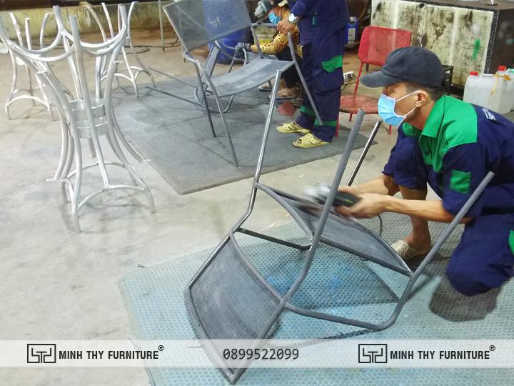 Mài Khung Bàn Ghế Sắt Lưới BGS321